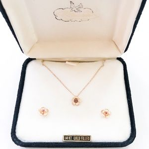 VTG 14kt Gold Filled Dainty Flower Gift Set